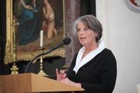 Birgit Jeggle-Merz begrüsst zum Auftakt der Delegiertenversammlung in Visp